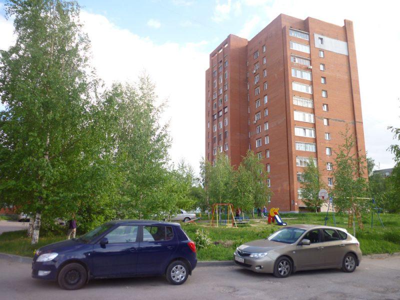 ЖК Каскад на Сусловой. Вид во двор (на юго-запад) Май 2016.